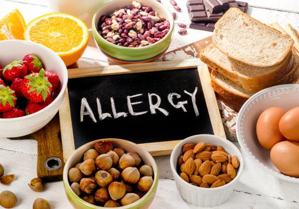 小児のアレルギー予防のための母親や生後間もない間の食事方針を米学会が作成